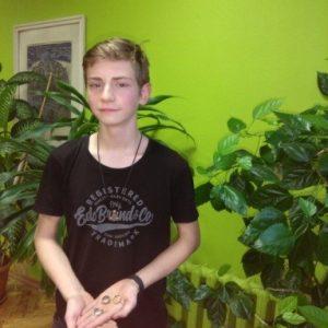 Latvijā jaunākais kalējs – Eduards Šneiders